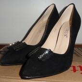 Остатки с ростовок. Женские туфли, размер 35-37.