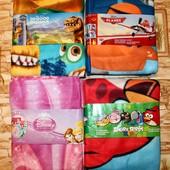 Мягенькие, яркие флисовые Пледы от Disney  для наших деток 125*155.