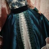 Нарядное платье, праздничное платье, день рождения, 8 марта, выпускной. Пышное, с вышивкой, гипюром