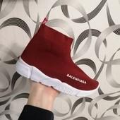 Красные кроссовочки 25-30рр.