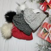 Теплі шапки на флісі з помпоном, чудова якість!