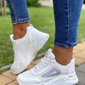 Новинка, Топ продаж , стильные кроссовки.